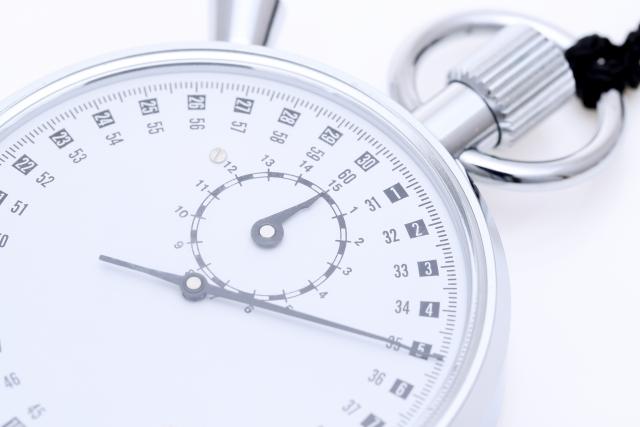 国語の点数を上げる7つの方法-〜国語の点数の上げ方とは〜-時間を測る