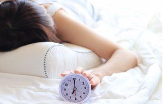 朝起きるのがつらくて学校にいけないのは病気かも?中高生&中高生を持つ保護者さん必見!